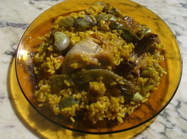 plato de paella valenciana