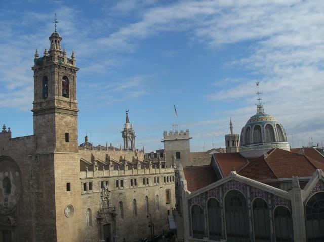 cielo de valencia mercat central iglesia de los santos juanes
