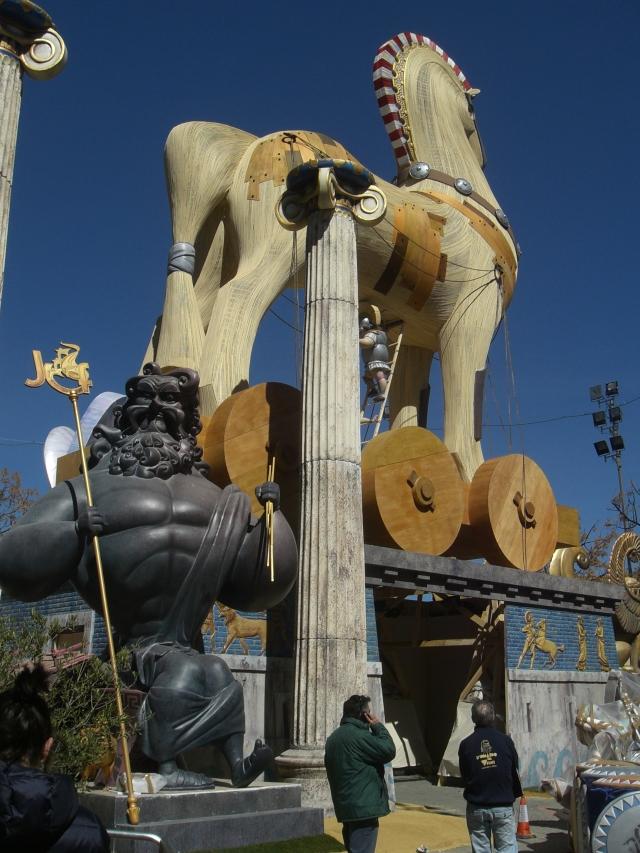 Caballo de Troya en fallas 2013 plaza de Na Jordana de Valencia.