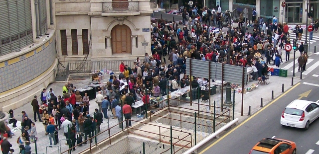 Intercambio de cromos en Valencia 23 de noviembre 2014. Mercado central-Plaza Ciudad de Brujas-Calle Calabazas-Avenida Barón de Cárcer-