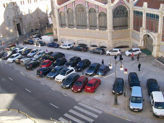Parking  Plaza de la Ciudad de Brujas 7 de diembre 2014